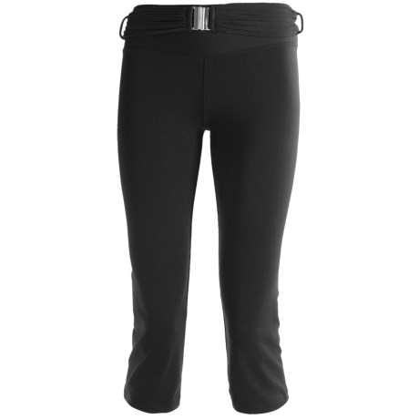 Body Up Om Capris Tights (For Women) in Black/Silver
