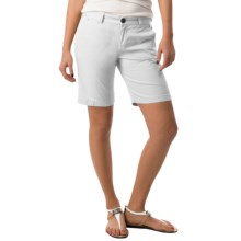Bogner Mariel-G Stretch Cotton Shorts (For Women) in White - Closeouts
