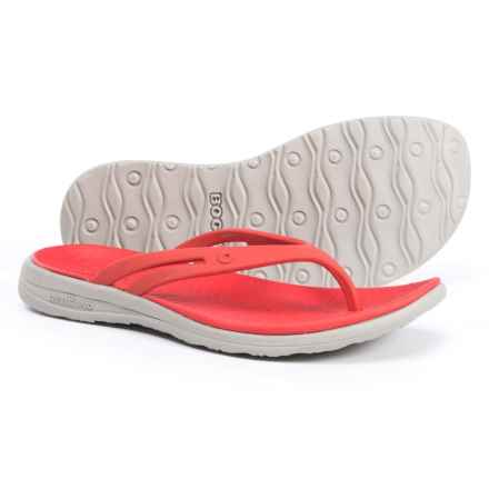 Bogs Footwear Gracie Flip-Flops (For Women) in Red Multi - Closeouts