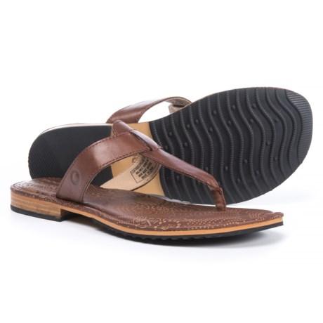 Bogs Footwear Nashville Flip Sandals - Leather (For Women) in Cinnamon