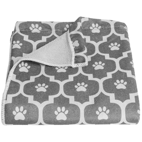 Bone Dry Moroccan Tile Dog Towel in Gray