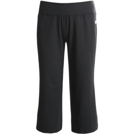Born Fit Joanie Capri Pants (For Women) in Black