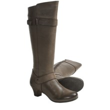 Born Zuzanna Boots - Leather (For Women) in Testa - Closeouts