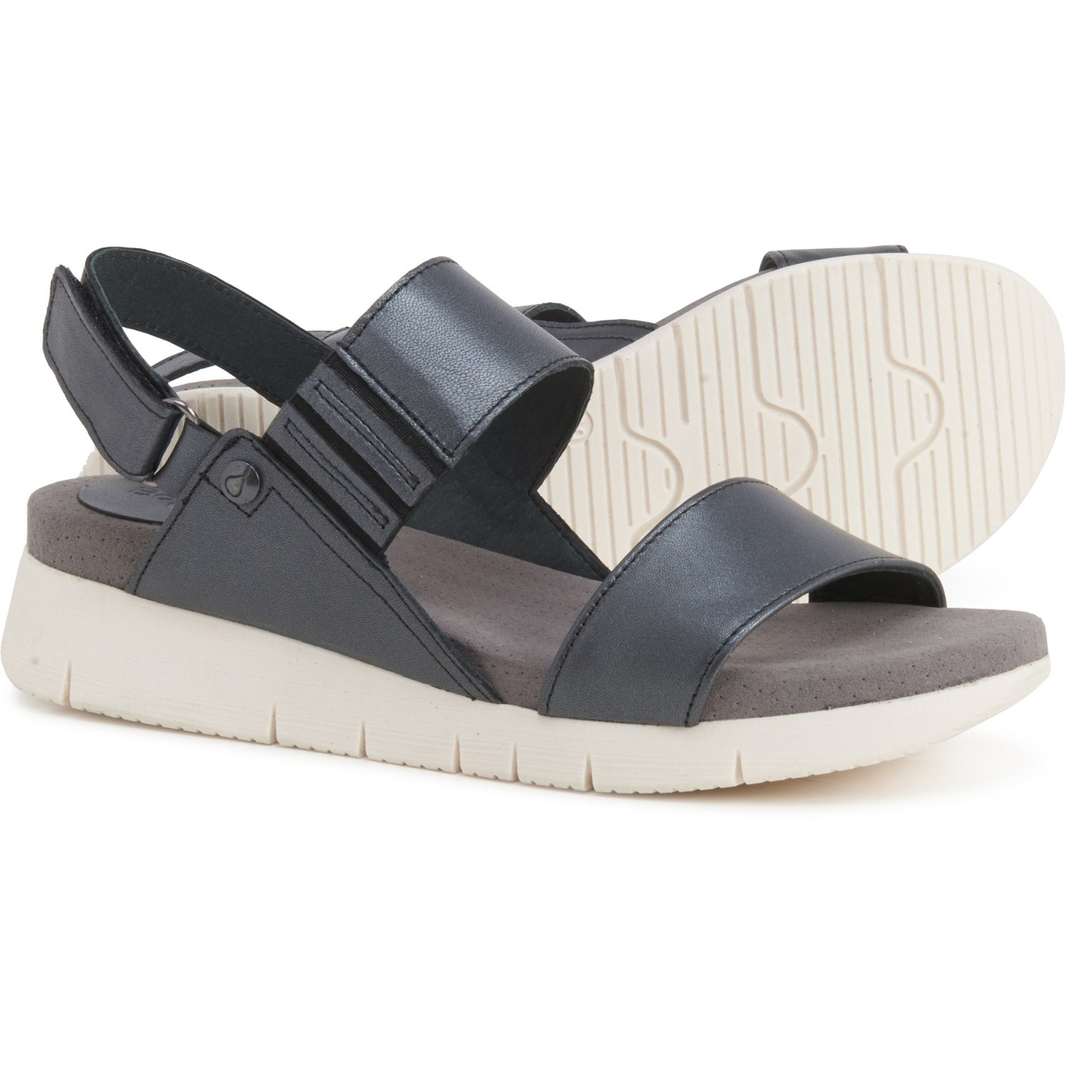 NEW  BOS /& CO PAYGE NAVY SANDALS RETAIL 145 FANTASTIC DEAL AND STYLE