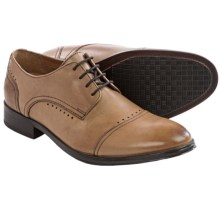 Bostonian Greer Mile Oxford Shoes - Leather, Cap Toe (For Men) in Tan Leather - Closeouts