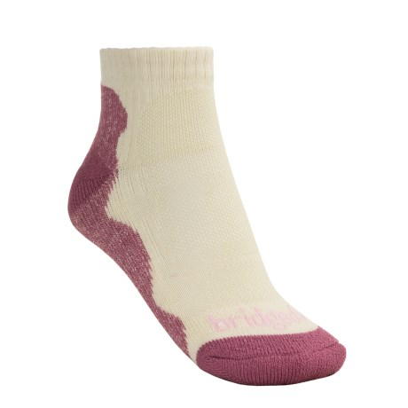 Bridgedale CoolMax® Lo Socks - Lightweight (For Women) in Natural/Purple