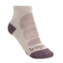 Bridgedale CoolMax® Lo Socks - Quarter Crew (For Women) in Natural/Purple - 2nds