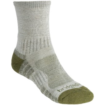 Bridgedale Trail Light Socks (For Men and Women) in Chino/Green