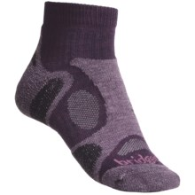 Bridgedale Trailblaze Lo Socks - Merino Wool, Ankle, Midweight (For Women) in Plum - 2nds