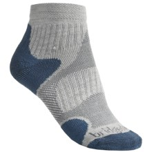 Bridgedale X-Hale Multi Sport Socks - Merino Wool, Ankle (For Women) in Natural/Blueberry - 2nds