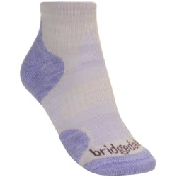 Bridgedale X-Hale Socks - Lightweight (For Women) in Mist Grey/Raspberry