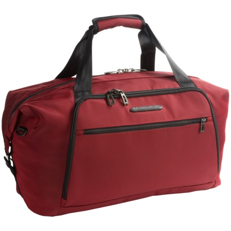 Briggs & Riley Transcend Weekender 32L Shoulder Bag in Crimson