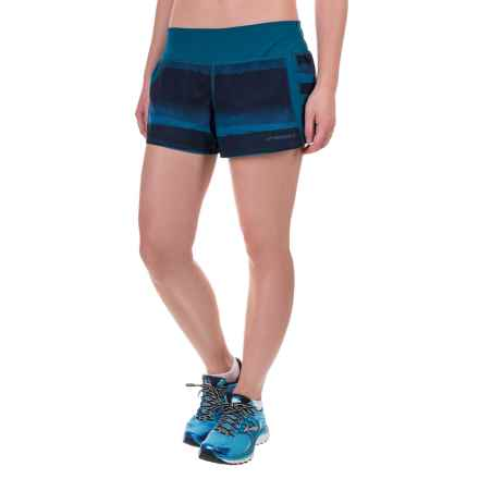 "Brooks Chase 3"" Running Shorts - Built-In Mesh Briefs (For Women) in River Scape - Closeouts"