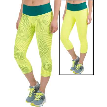 Brooks Greenlight SE Capris - Reversible (For Women) in Nightlife Big Sunshine/Kale - Closeouts