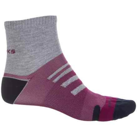 Brooks Ravenna Socks - Quarter Crew (For Men and Women) in Oxford/Current/Navy - Closeouts