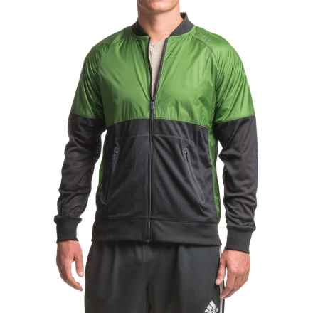 Brooks Run-Thru Jacket (For Men) in Black/Forest - Closeouts