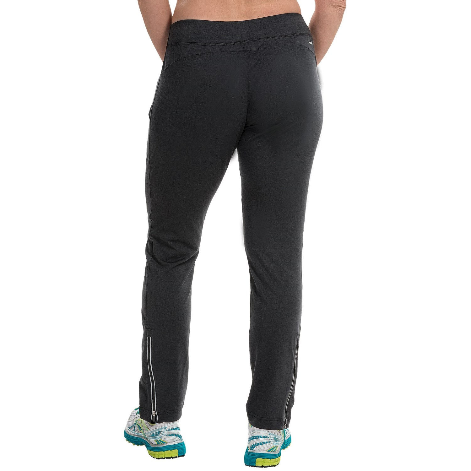 Choose from our running pants, cycling pants and yoga pants for women, to keep your routine on point. With many different fabrics, colors and styles, we have you covered.