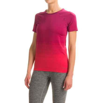 Brooks Streaker Running T-Shirt - Fitted, Short Sleeve (For Women) in Sangria/Poppy - Closeouts