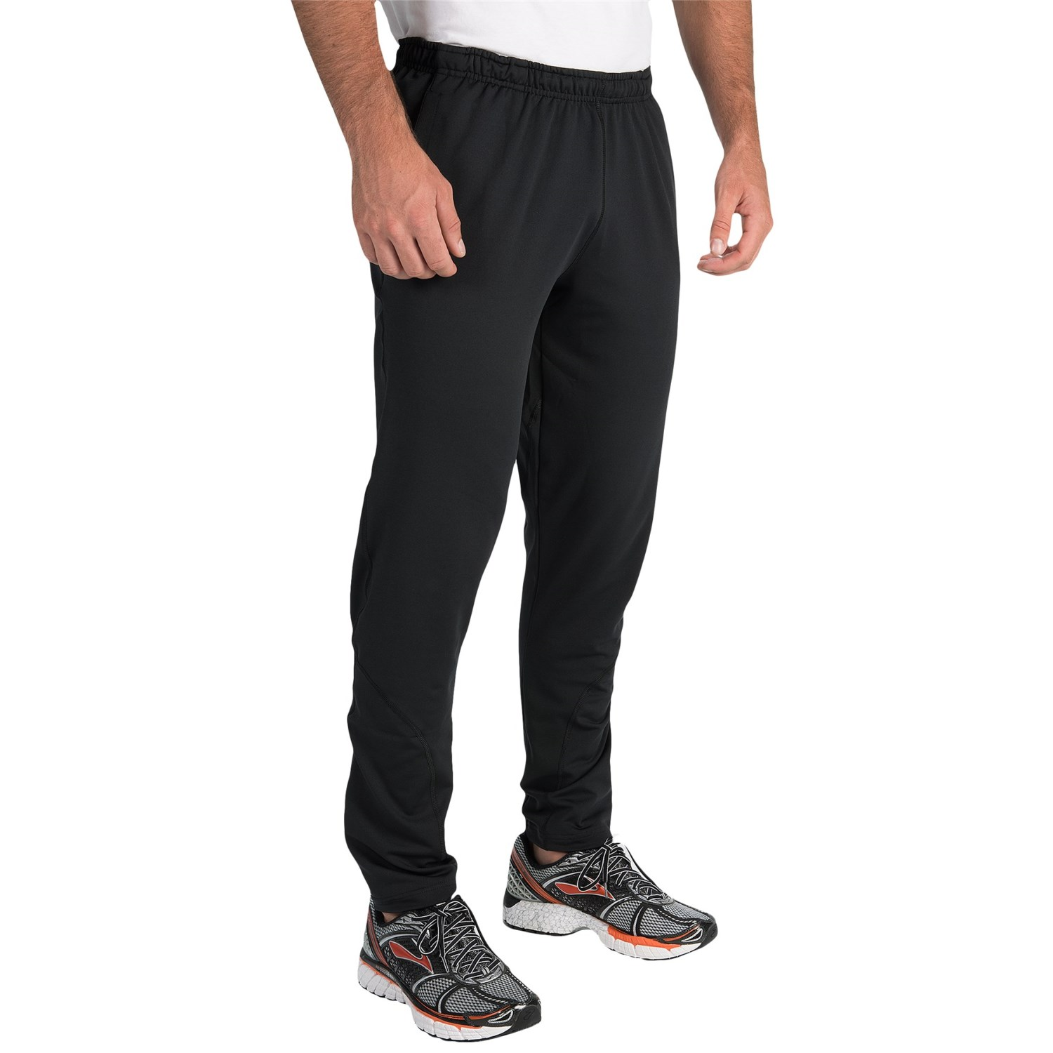 men's kilowatt pants Description: Durable for tough sessions in the gym yet comfortable enough to wear the rest of the day these abrasion-resistant woven training pants are crafted with a straight fit and articulated knees.