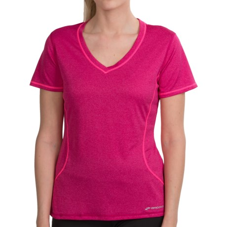 Brooks Versatile EZ T-Shirt - Short Sleeve (For Women) in Pomegranite/Brite Pink