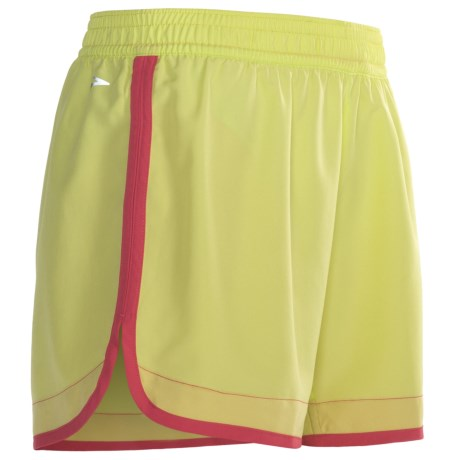 "Brooks Versatile Woven Shorts - 5"" (For Women) in Anthracite/Brite Pink"