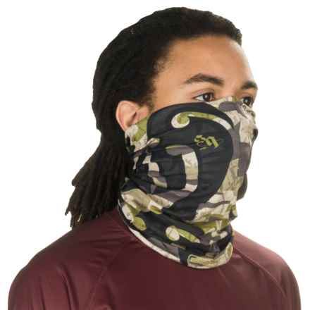Buff UV Buff Bug Slinger Fishing Neck Gaiter (For Men and Women) in Bs Maori Hook - Closeouts