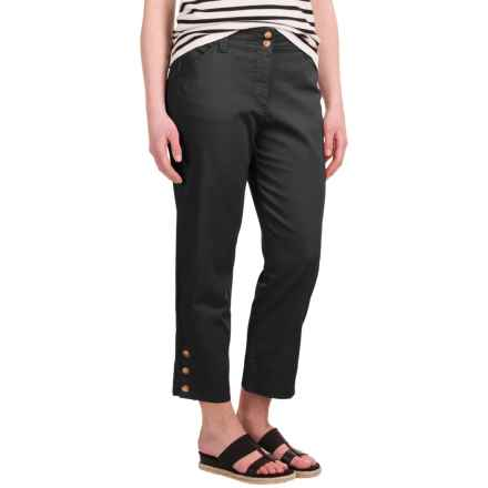 Button-Trimmed Denim Capris (For Women) in Black - 2nds