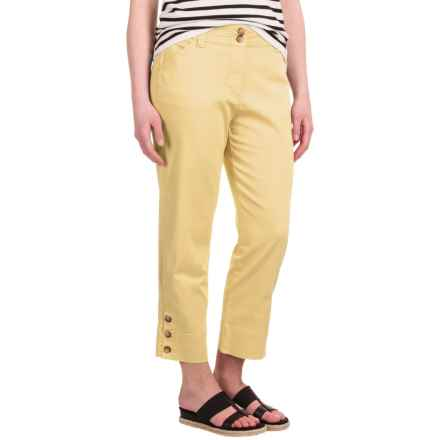Button-Trimmed Denim Capris (For Women) in Yellow - 2nds