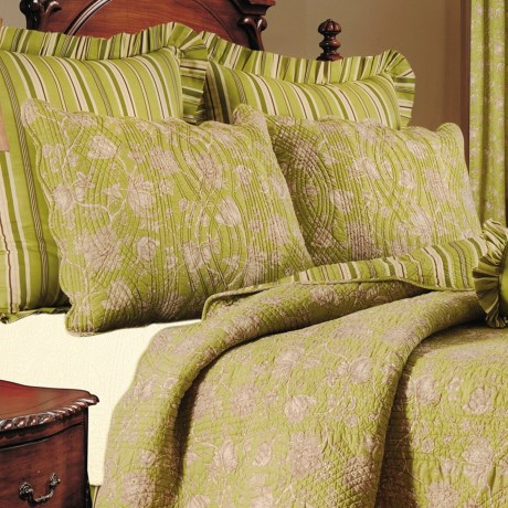 C & F Enterprises Berkeley Floral Pillow Sham - Standard in Green