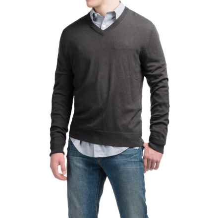 C89men Lightweight Merino Wool Sweater - V-Neck (For Men) in Charcoal - Closeouts
