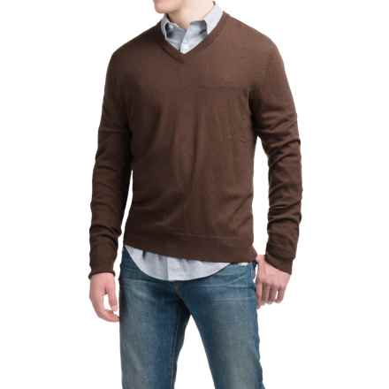 C89men Lightweight Merino Wool Sweater - V-Neck (For Men) in Chocolate - Closeouts