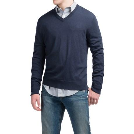 C89men Lightweight Merino Wool Sweater - V-Neck (For Men) in Navy