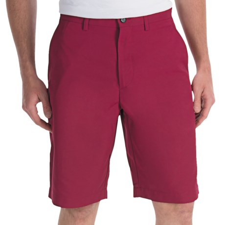 Callaway Chev Shorts (For Men) in Beet Red