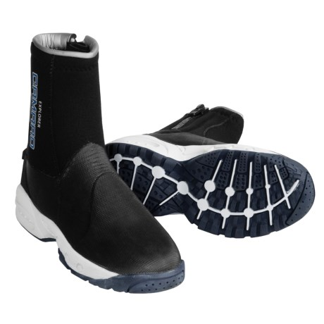 Camaro 6.5 mm Explorer Deluxe Dive Boots in Black W/Blue Logo