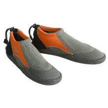 Camaro Coral Sea Slippers (For Men and Women) in Orange - Closeouts
