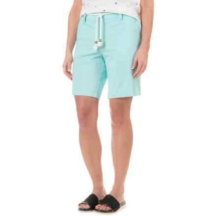 """Cambridge Dry Goods Belted Bermuda Shorts - 9"""" (For Women) in Spearmint - Overstock"""