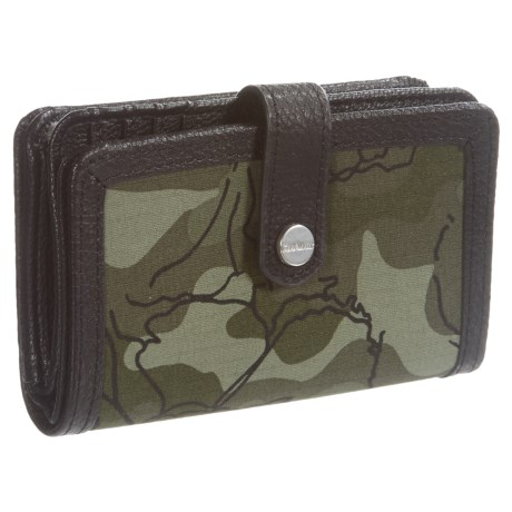 Carhartt Floral Camo Medium Zip Wallet (For Women) in Olive