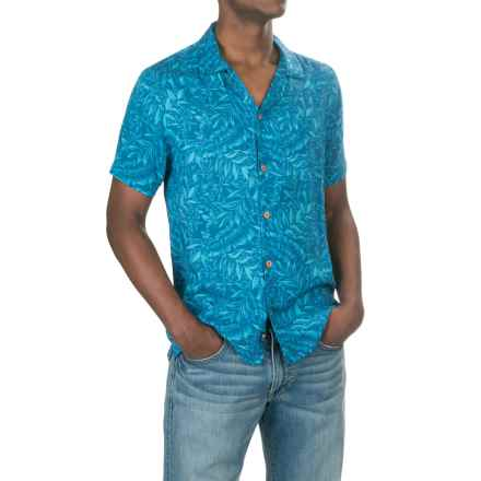 Caribbean Joe Tiki Lattice Shirt - Short Sleeve (For Men) in Rivers End - Closeouts