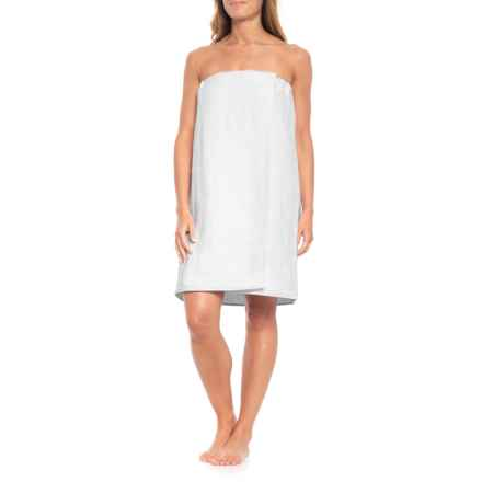"Caro Home Shiloh Fouta Jacquard Bath Wrap - 30x56"" in White - Closeouts"