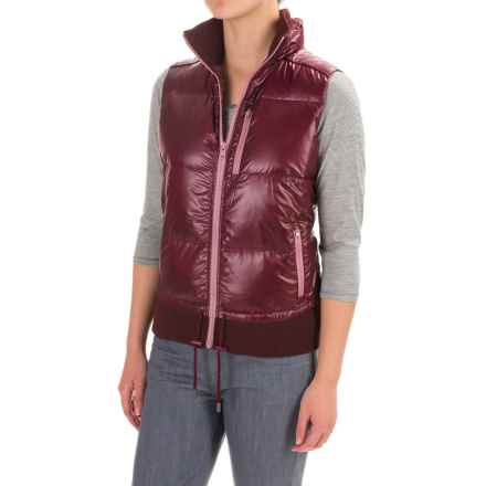 Carve Designs Corbet Down Vest - 750 FP (For Women) in Mulberry - Closeouts