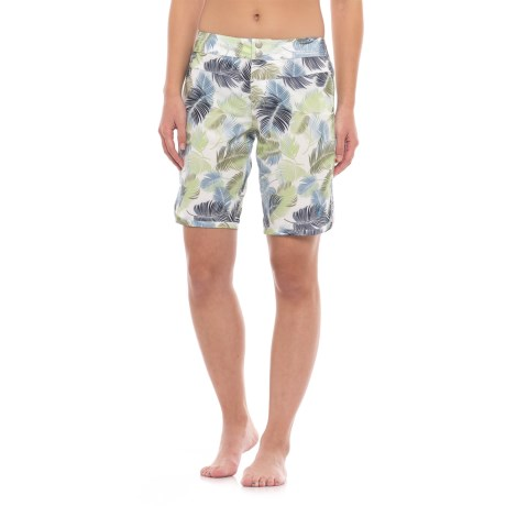 Carve Designs Hatteras Shorts - UPF 50 (For Women) in Palm Beach
