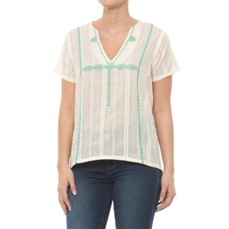 Carve Designs Haven Shirt - Organic Cotton, Short Sleeve (For Women) in Ivory