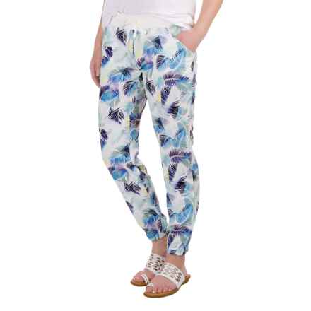 Carve Designs Kaitlin Pants (For Women) in Palm Beach/White Sands - Closeouts