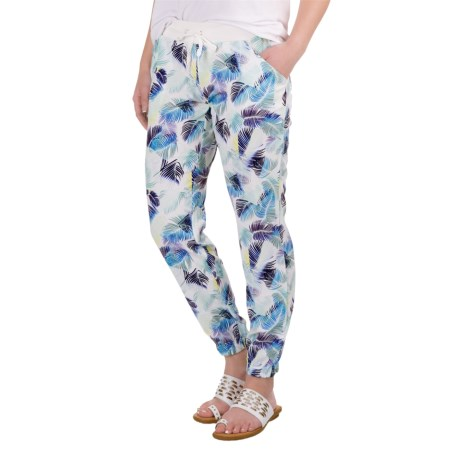 Carve Designs Kaitlin Pants (For Women) in Palm Beach/White Sands