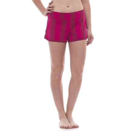 Carve Designs Minna Boardshorts - UPF 50, Built-In Briefs (For Women) in Tarifa/Strawberry - Closeouts