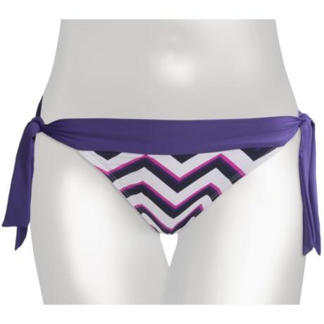 Carve Designs Ryder Bikini Bottoms - UPF 50+, Side Tie (For Women) in Indigo Chevron