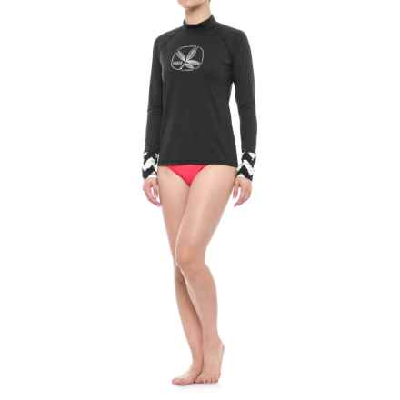 Carve Designs Tidal Rash Guard (For Women) in Black /Aria - Closeouts