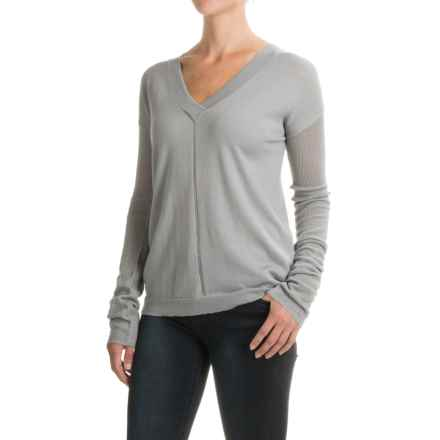 Carve Designs Torrey Sweater - Merino Wool, V-Neck, Long Sleeve (For Women) in Charcoal - Closeouts