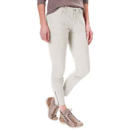Carve Designs Willow Crop Pants (For Women) in Cloud - Closeouts