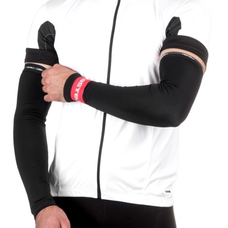 Castelli Thermoflex Cycling Arm Warmers (For Men) in Black/Red